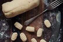 Gluten Free Table / Gluten Free foods / by Tammy LaVonne Giesbrecht