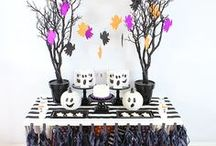 Halloween Party Ideas // Michelle's Party Plan-It / Halloween Party Ideas, Recipes and Crafts