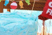 Awesome Cakes and Cupcakes // Michelle's Party Plan-It / Amazing cakes and cupcakes for all celebrations