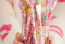 Birthday Party Favors // Michelle's Party Plan-It / Party favor ideas and inspiration for birthday celebrations!