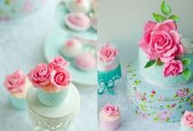 Beautiful cakes / the prettiest cakes I've ever seen!