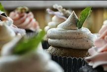 Brave New Cupcakes / Bravenewcupcakes.com: A food and lifestyle blog chronicling the baking whimsy of an underground cupcake caterer.