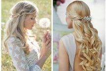 half up wedding hair / When you need a little more information than..'Half up with curls'
