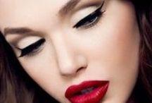 Make-up / by Diana Centea
