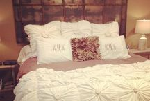 Home: Bedrooms / by Mollie