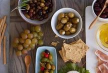 Entertaining / Whether your are hosting a party inside or out, festive or laid back, summer or winter, this is the board for you! From tips to appetizers and decor, we have you covered!  / by Littleton Food Co-op