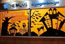 Window displays_Halloween ideas / Bunch of ideas for #halloween #window #displays