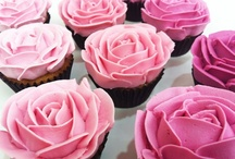 Drool: pretty baking & decorating / by Nessie Sharpe