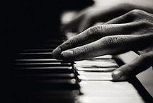 The Common Hand