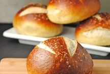 Food: Bread / Recipes for breads, rolls, buns, shells and crackers.