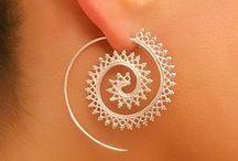 earrings woman