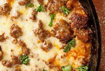 Dinner Ideas / by Andrea Robinson