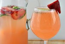 Delicious Drinks / Delicious Drinks!  / by Katie Peterson