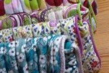 Sewing Bag, purses....Sacs, pochettes, trousses... / by Ma Maman La Fée