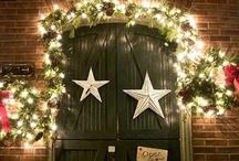 Festive Door Decorating Ideas