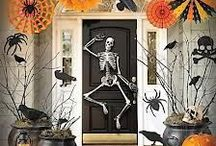 Creepy Crafts for Halloween / Get creative this Halloween season and bring your home to life by spicing up your entrance.