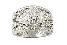 Vintage and Estate Jewelry / Vintage, pre-owned and overstock name brand jewelry for incredible prices. OnlineExclusiveSales.com  / by Diamond Cellar