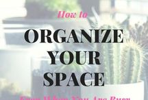 WAHM + Home Hacks / Struggling to keep your home clean and organized with your busy schedule. Don't let your #bossmom lifestyle keep you from having the home you want. Learn how to handle clutter, go minimalist, keep your house clean and more no matter how busy you are.
