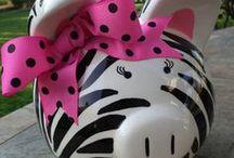 Pay The Piggy! / piggy bank!