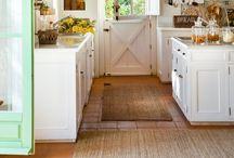 Kitchen / by Janee Fisher