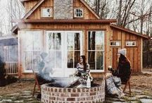Cabin / The best homes in the woods and country.