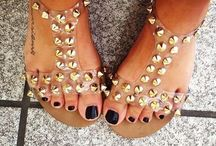For the love of...Shoes! / by Yelitza Vega