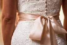 Wedding Dresses / by Vanessa St-Jacques