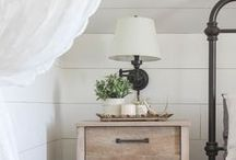 Shiplap ENVY / Walls with white clad shiplap.