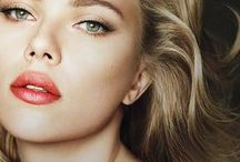 Vamp Icon - Scarlett / As part of our Vamp Icons selection, this board is dedicated to the talented and ever so glamorous Scarlett Johansson. While she is known to turn heads, she is for us the perfect incarnation of old school Hollywood glamour. Expect to find her look particularly feminine and striking. A true Vamp Icon