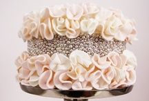WEDDING CAKES / Gorgeous #wedding cake ideas / by Perfect Wedding Guide (National)