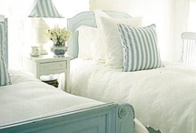 Dolly's board / Bedroom ideas for tween girl / by Molly Smith