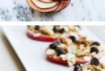 Dorm Room Recipes / Craving a late-night study snack or a mid-day munch? Ideas that you can make in your dorm room!