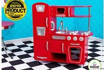 red kitchen / by funky finds