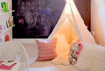 Aurelia's room / by Lyndsay Lucero