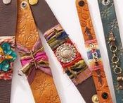 leather jewelry making / Be inspired by leather jewelry designs and get leather jewelry-making projects and tutorials to make! Learn to pair leather with beads, metal, wire, bezels, and mixed-media components.