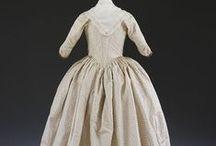 18th century: Robe à l'Anglaise / Aka Italian gown.