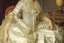 18th century: Silk satin / Silk satin dresses.