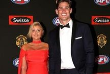Brownlow Nosing '15 / Who dressed up in M.J. Bale at AFL's night of nights.