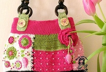 Crochet: Totes & Purses / by Sherrilee Don-Paul