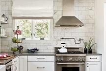 Kitchens / by Josie
