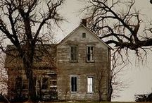 Lonely Houses / Homes that have been abandoned for some reason
