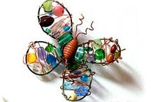 Wire and Bead Art / Fun arts and crafts projects using copper wires and unique beads!