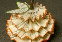 Artistic Autumn / Fall is the perfect time to get cozy with crafts--don't you agree?