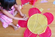 Spring & Easter Family Craft Projects / Arts and crafts for Springtime! The world comes to life, and nature inspires us to grow and be creative!