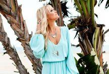 Fashion Inspire / Everyday Fashionista  / by Amy Gustafson