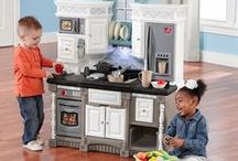 Cookin' in the Kitchen / Step2's kids play kitchen sets deliver a variety of different pretend play options like diner seating, a market counter, and even grills! Our kitchen sets provide everything kids need to take their culinary creations from the stove top to the table. Step2 kitchen playsets are perfect for multiple child play.