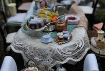 Afternoon Tea & Cake Miniatures / What a quaint and truely english way to spend an afternoon brought to you by Dolls House and Miniature Scene magazine. http://www.dollshouseandminiaturescene.co.uk