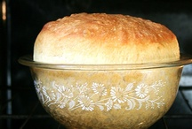 Food :: Bread / by Tracy Weston
