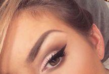Makeup / by Stephanie Bacigalupe