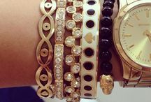 Arm candy / by Molly Blum